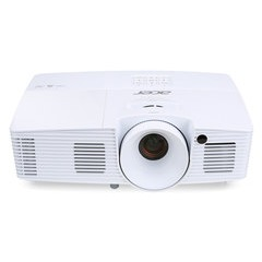 Acer X115H Essential Series Projector